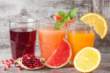 Jus de fruits frais naturellement sucrés