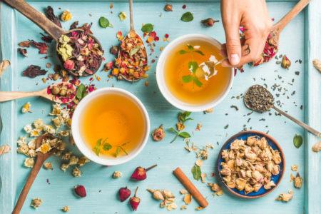 thé-pour-digérer-main