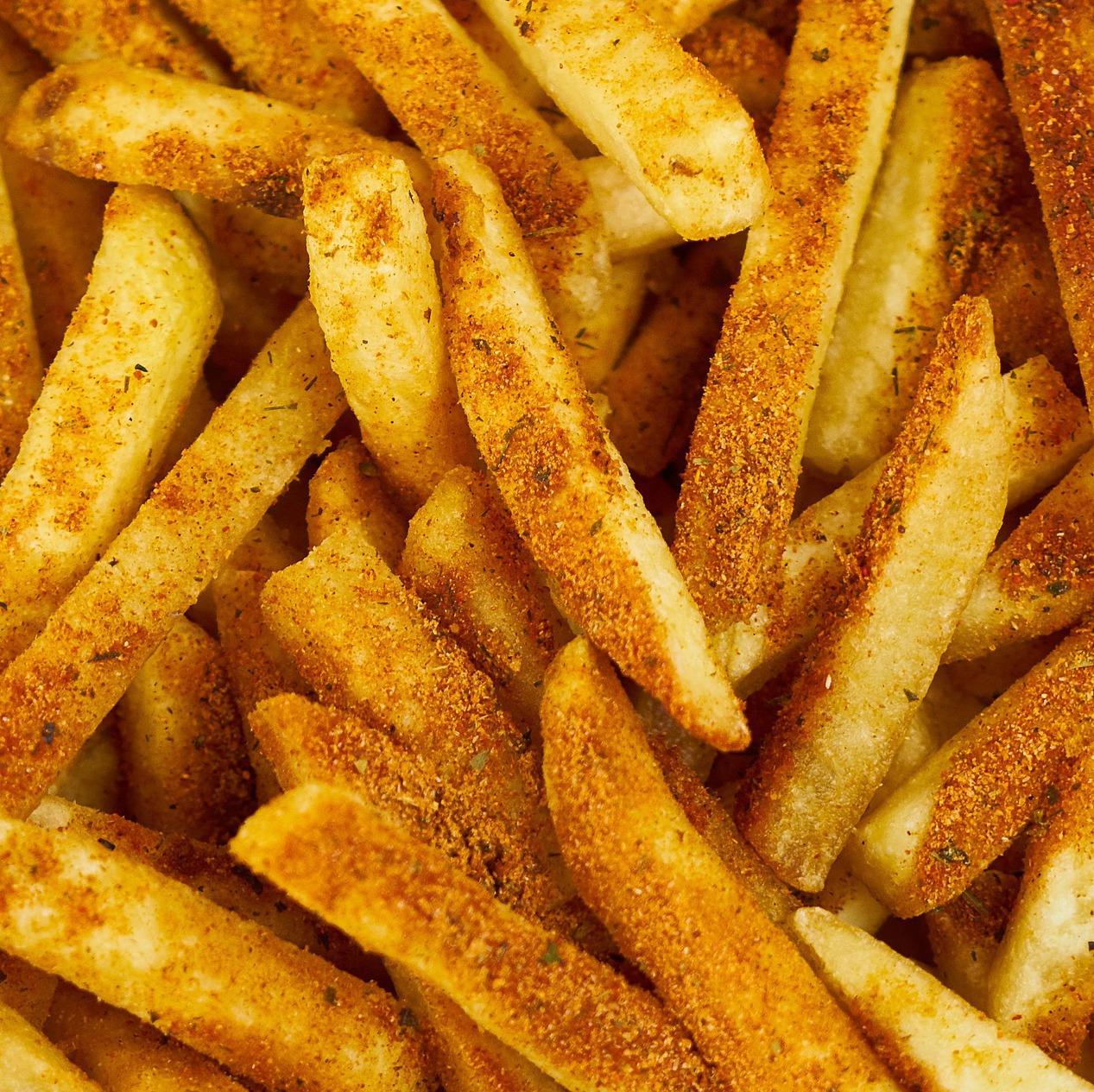 frite réalisée à l'aide de la friteuse 6l family fryer de senya