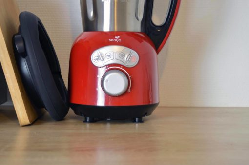 Blender inox chauffant Cook&Ice et son panier vapeur de 2L en silicone plié l'un à côté de l'autre