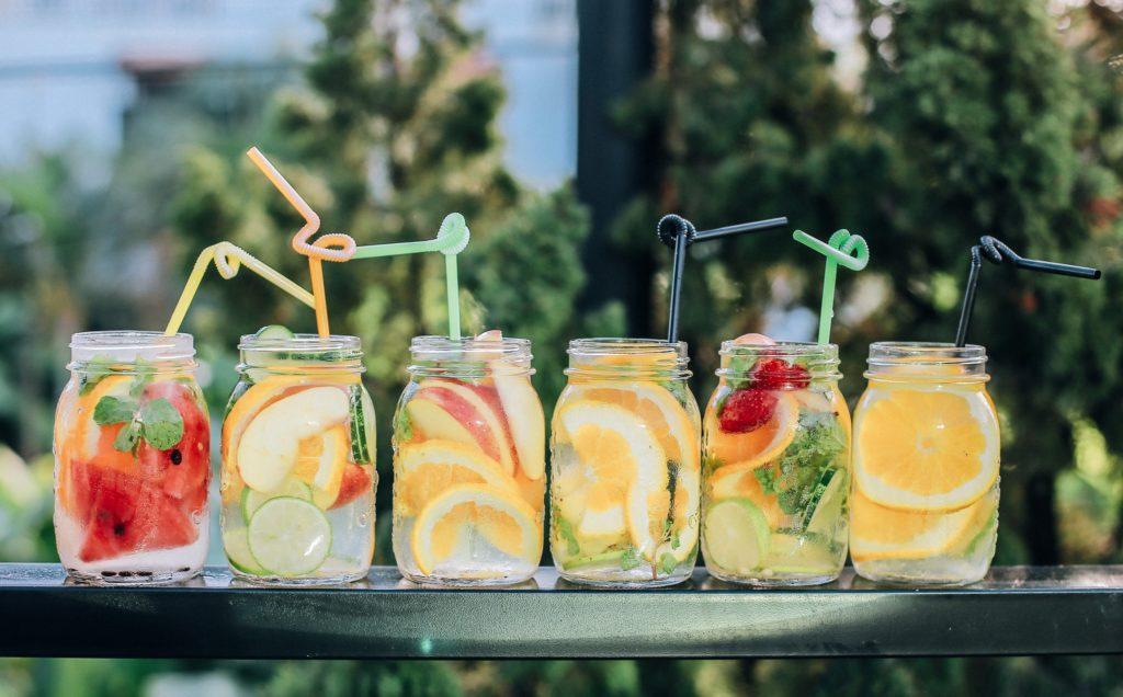 ensemble de boissons rafraichissantes idéale pour l'été en cas de gros canicule ou juste pour vous faire plaisir